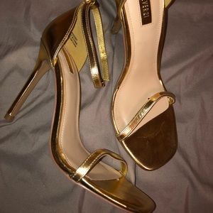 Gold strappy high heels size 7.5